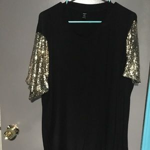 Gold sequin and black tee.